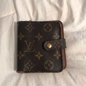 Authentic Louis Vuitton Monogram Bifold Wallet